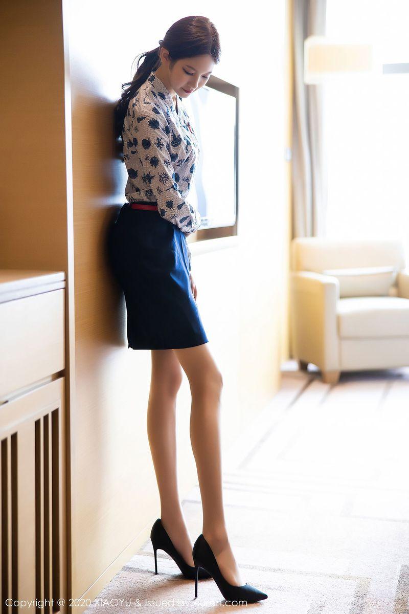 Vol.661 空姐制服诱惑丝袜美腿内衣诱惑私房照美女模特语画界-程程程-完整私房照合集