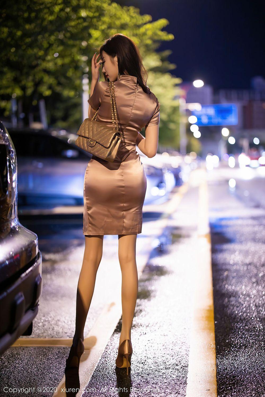 Vol.296 吊裙丝袜美腿高跟鞋轻熟女街拍美女性感女神秀人网-杨晨晨完整私房照合集