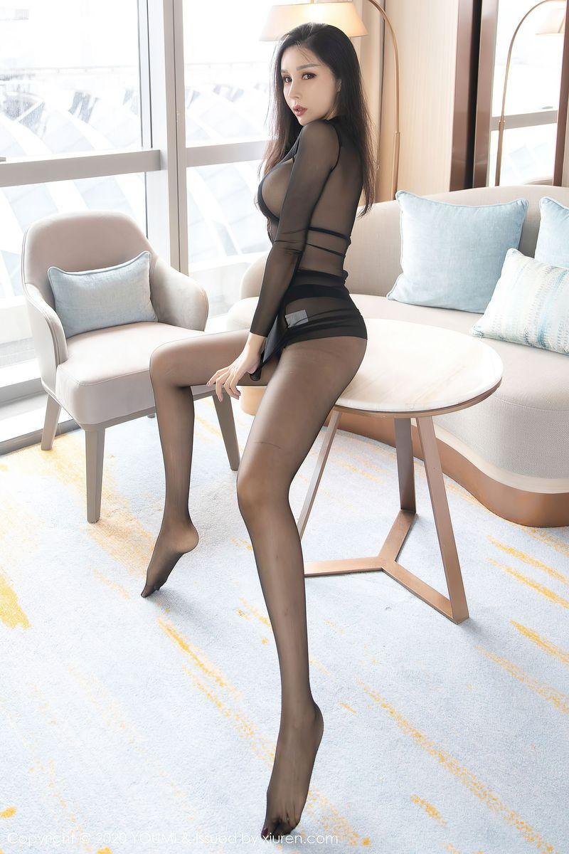 Vol.644 黑丝美腿三点式爆乳情趣内衣美女模特尤蜜荟-田冰冰完整私房照合集