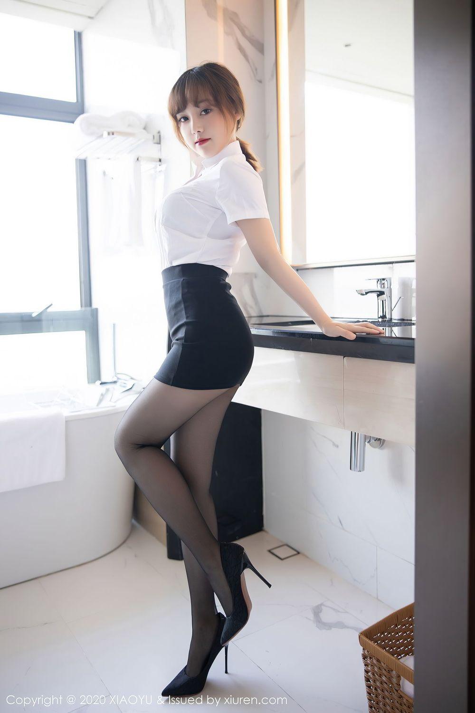Vol.666 黑丝美腿职场OL白衬衫内衣诱惑嫩模性感美女语画界-豆瓣酱完整私房照合集