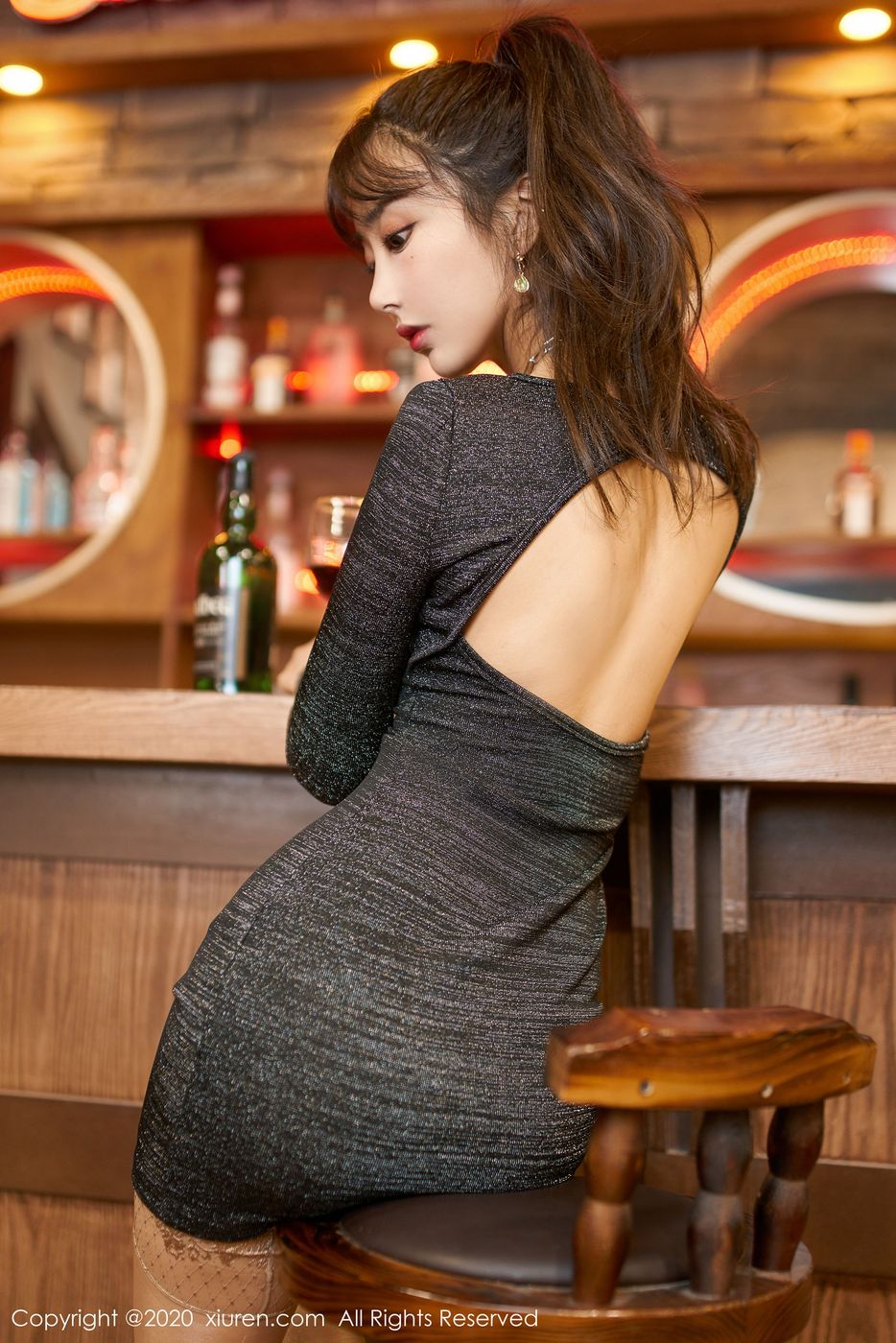 Vol.225 丝袜美腿翘臀长腿美女私房照美女模特秀人网-林子欣完整私房照合集