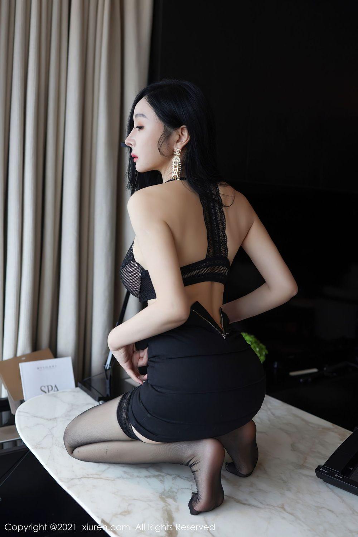 Vol.647 白衬衫黑丝美腿超短裙内衣诱惑职场OL美女模特秀人网-允爾完整私房照合集