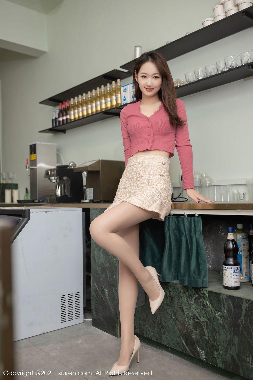 Vol.825 丝袜美腿都市丽人内衣诱惑小蛮腰翘臀美女模特秀人网-唐安琪完整私房照合集