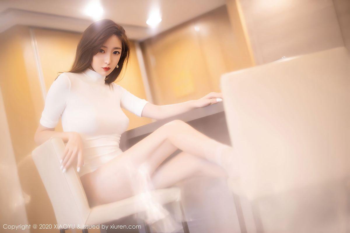 Vol.499 连体衣丝袜美腿嫩模腿控福利美女模特语画界-安琪Yee完整私房照合集
